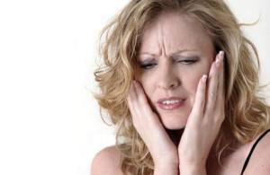 запах изо рта при больной печени